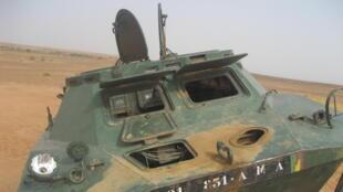 L'attaque visait l'armée malienne. Trois suspects ont été interpellés.