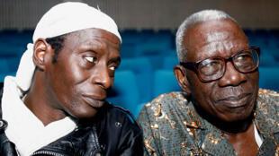 Sidiki Bakaba et Bernard Dadié au Palais de la Culture d'Abidjan.