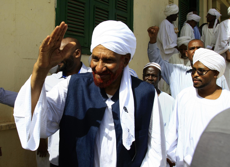 Sadiq al-Mahdi, Waziri Mkuu wa zamani na kiongozi wa chama kikuu cha upinzani cha Ummah, Khartoum Aprili 27, 2019.
