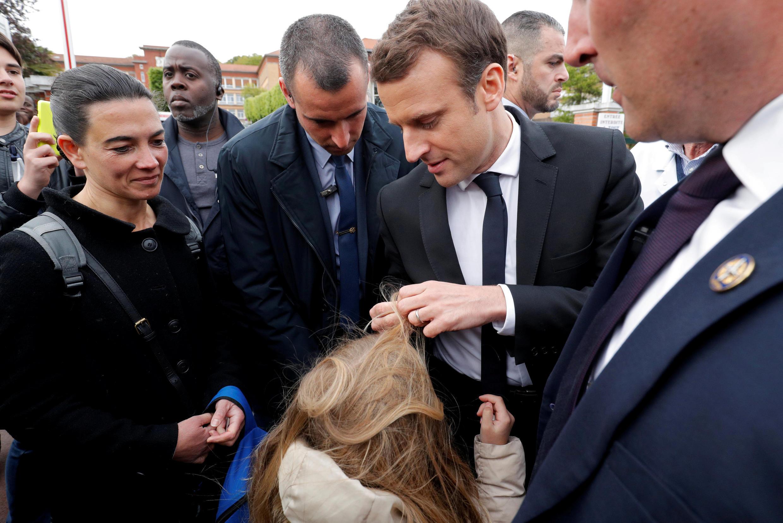 Emmanuel Macron n'avait pas invité les journalistes à l'hôpital de Garches (Hauts-de-Seine).