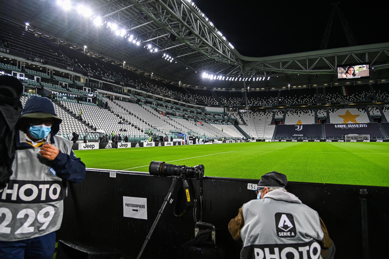Le stade de la Juventus à Turin vide après le renoncement de Naples à se déplacer pour le match de Serie A, le 4 octobre 2020