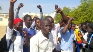 Des élèves et étudiants tchadiens manifestent à N'Djamena en décembre 2016 (Illustration).