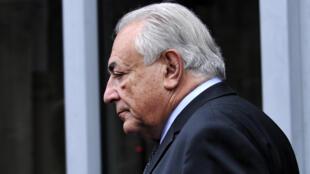 Libéré de toute procédure judiciaire, Dominique Strauss-Kahn n'hésite plus à donner son avis sur un sujet qui lui tient manifestement à cœur, à savoir la crise grecque et ses répercussions pour l'UE.