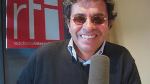 Julián Lineros en RFI.
