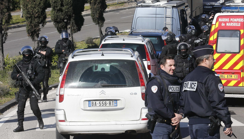 Марсель: полицейские на месте перестрелки