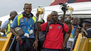 Les joueurs congolais à l'aéroport de Kinshasa, le 8 février 2016.