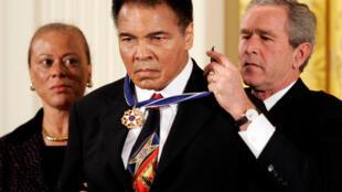 Tsohon Shugaban Amurka George W. Bush na karrama Marigayi Muhammad Ali