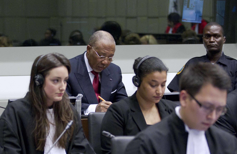 Charles Taylor, peu avant l'énoncé du verdict de la Cour spéciale pour la Sierra Leone, près de La Haye, le 26 avril 2012.