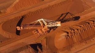 Un récupérateur de minerai de fer à Port Hedland, en Australie.