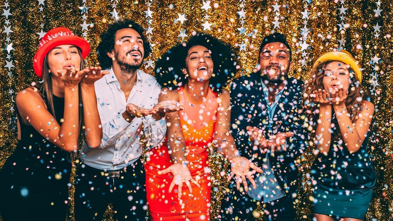 Paillettes, confettis et nouvel an