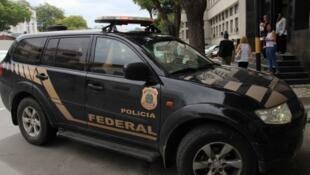 PF realizou buscas e prisões