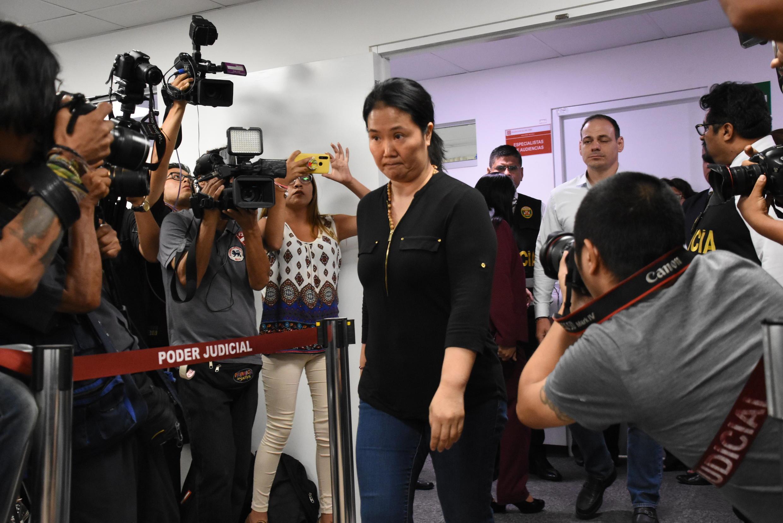 La líder opositora Keiko Fujimori llega a una Corte en Lima, el 20 de enero de 2020.