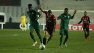 USM Alger ikicheza na Young Africans katika mechi iliyopita