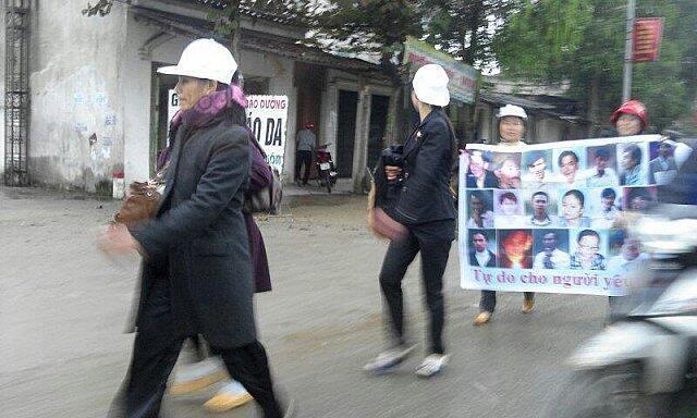 14名越南异议人士1月8日被以颠覆罪起诉