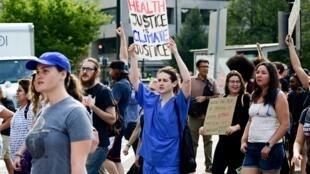 Chống biến đổi khí hậu : giới trẻ lên tuyến đầu. Ảnh cuộc tuần hành của thanh thiếu niên Mỹ tại thủ đô Washington hôm 20/09/2019.