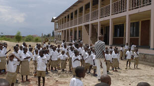 L'école primaire Carolus-Magnus-Schule (Charlemagne) au Burundi.
