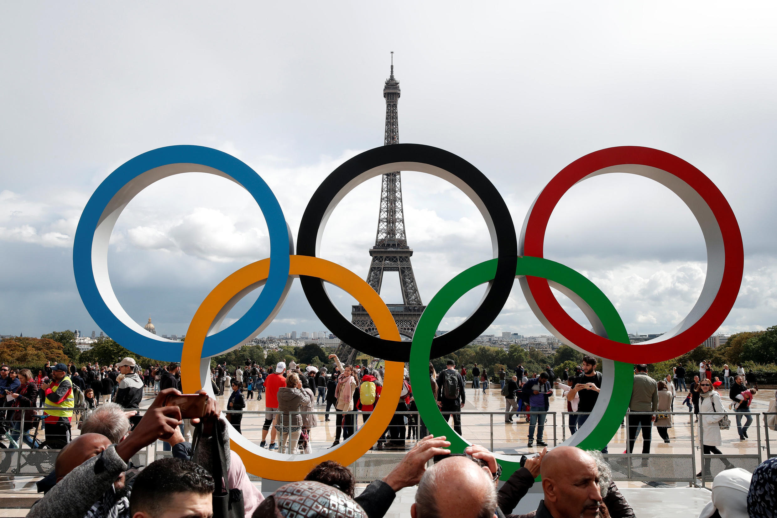 Olympic rings to celebrate the IOC official announcement that Paris won the 2024 Olympic bid