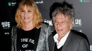 رومن پولانسکی، کارگردان فرانسوی-لهستانی و همسرش امانوئل سنیِر