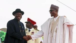 La cérémonie d'investiture a notamment été marquée par la présence des deux présidents, côte à côte.