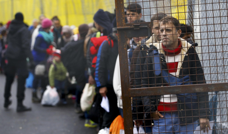 Мигранты на словенско-австрийской границе, 16 февраля 2016.