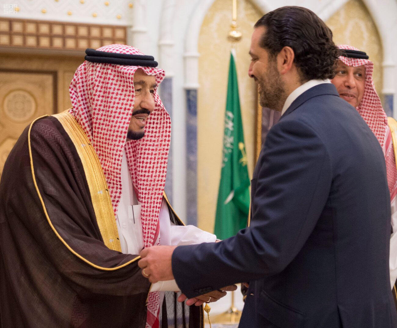 Saudi king Salman ben Abdelaziz al-Saoud meets with outgoing Lebanese Prime Minister Saad Hariri in Riyad, 6 November 2017