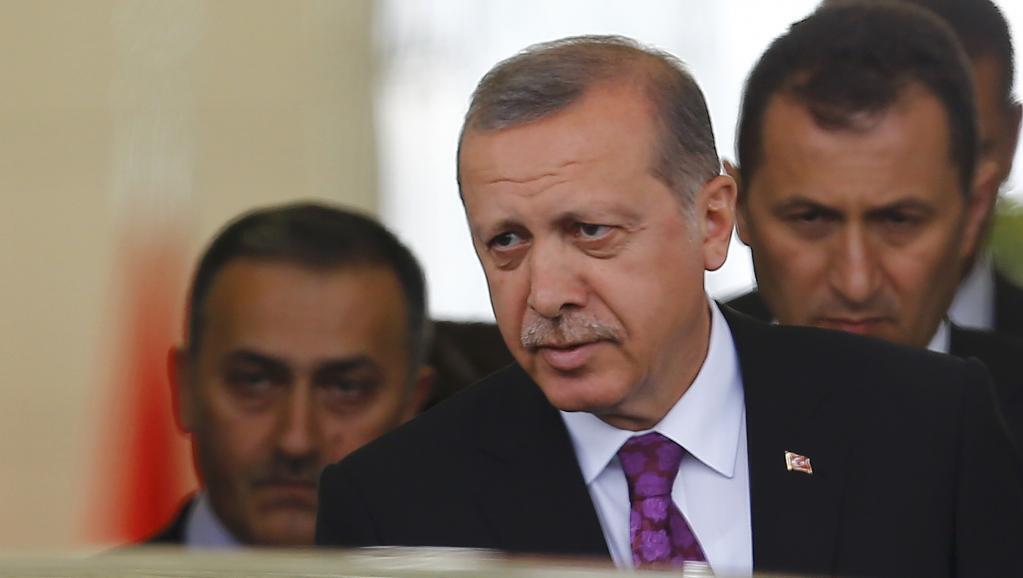 O presidente turco Recep Tayyip Erdogan surpreendeu ao conquistar a maioria no Parlamento nas eleições de 1° de novembro de 2015.