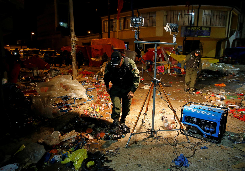 Um botijão de gás explodiu na noite deste sábado, 10 de fevereiro, na entrada do local de desfiles de Oruro.