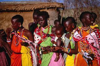 Wasu matan kabilar Massai a Kenya