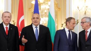 Recep Tayyip Erdogan, le Premier ministre bulgare Boyko Borissov, Donald Tusk et Jean-Claude Juncker, à Varna, le 26 mars 2018.