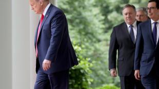 Donald Trump, Presidente cessante dos Estados Unidos, alvo de um segundo impeachment.