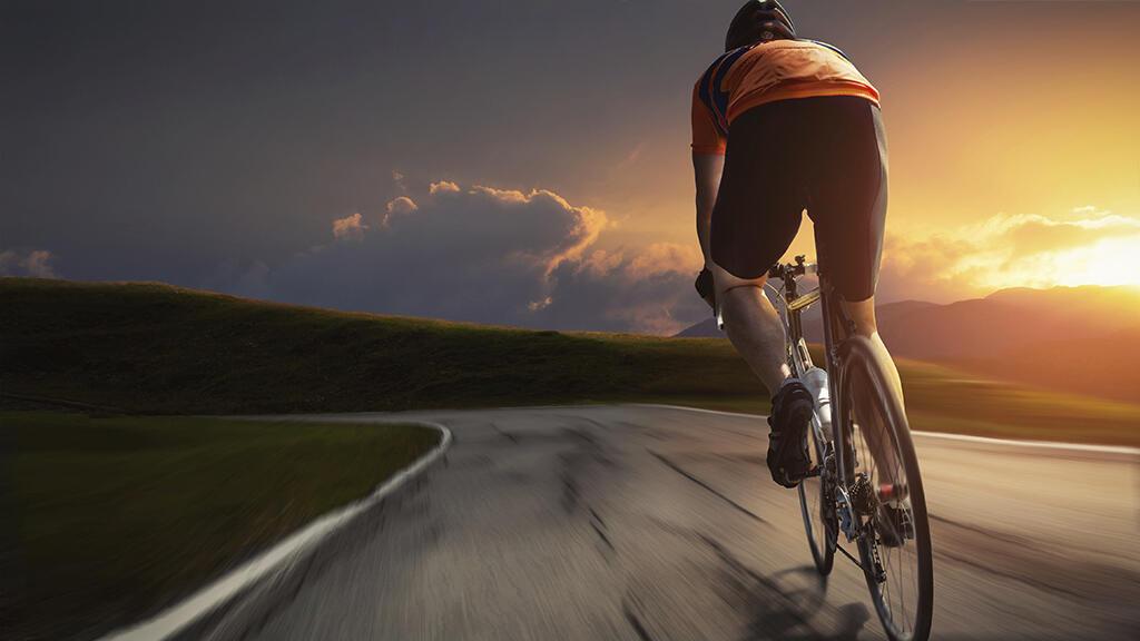 Cycliste image générique tour de france carte postale du tour.