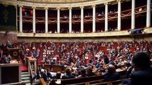 Ce mercredi 6 novembre, le gouvernement doit faire des annonces sur la nouvelle politique migratoire de la France, un mois après un débat sur le sujet à l'Assemblée.