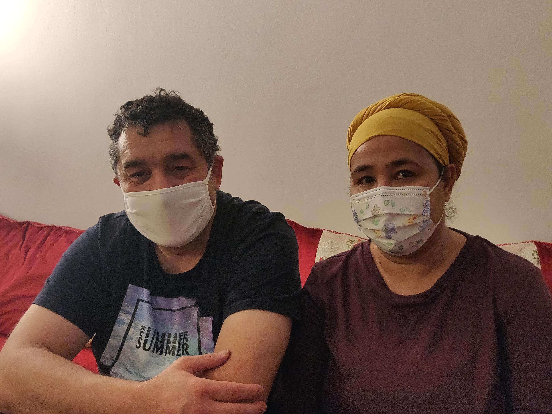 """Karim e Amina Tabchiche são representantes da """"nova pobreza"""" gerada pela Covid-19."""