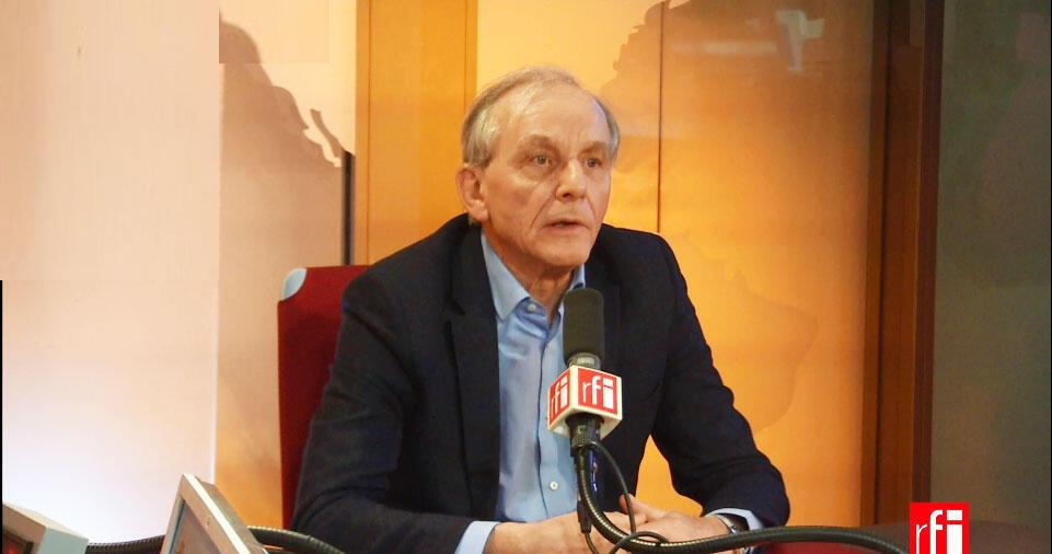 Axel Kahn, médecin, ancien chercheur et généticien français.