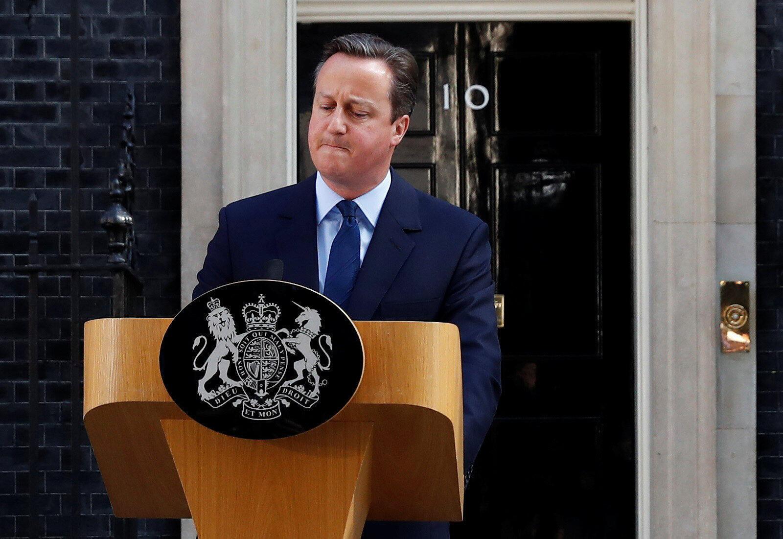 Après la victoire du Brexit, le Premier ministre David Cameron annonce sa démission, le 24 juin 2016, au 10 Downing Street, à Londres.