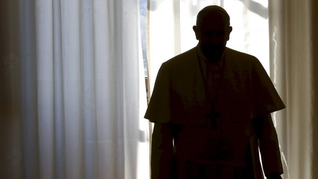 Dois livros chegam às livrarias italianas  na quinta-feira com provas sobre a corrupção no Vaticano.