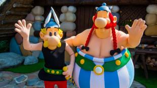 Les personnages de Asterix et Obelix. Le parc Asterix célèbre ses 30 ans d'existence.