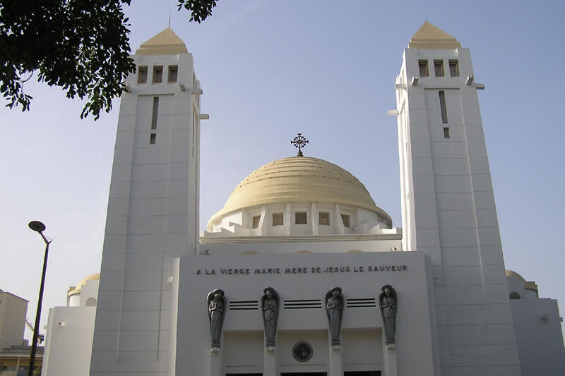 Cathédrale du Souvenir africain à Dakar.