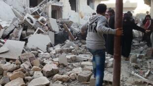 Les corps retrouvés à Raqqa sont ceux de personnes mortes à la suite de blessures liées au conflit.