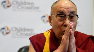 西藏宗教精神领袖达赖喇嘛2017年9月在北爱尔兰