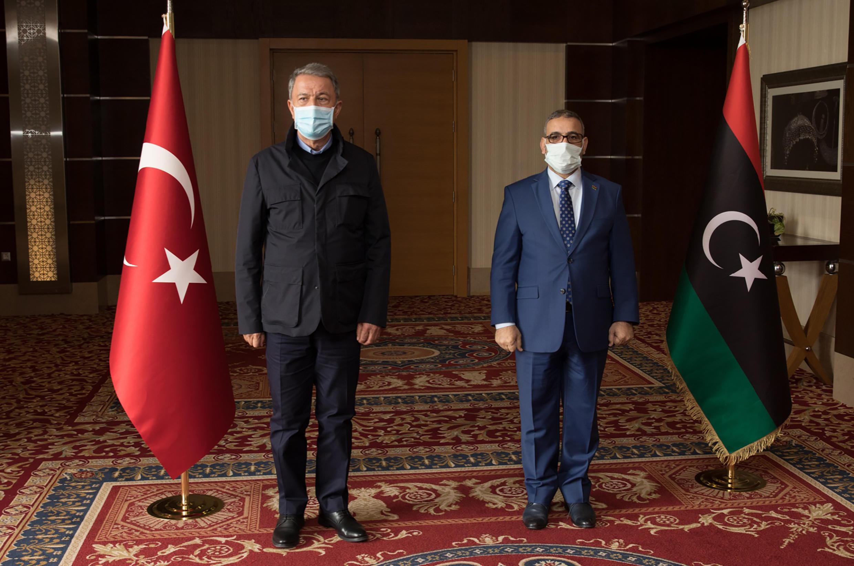 خلوصی آکار، وزیر دفاع ترکیه در لیبی