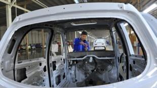 中国10月份制造业放缓