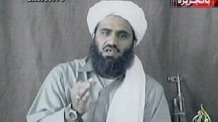 Kakakin Osama Ben Laden Sulaiman Abou Ghaith, a wani hoton Bidiyo da ya ke jawabi a kafar yada labaran Telebijin ta Al -Jazeera.