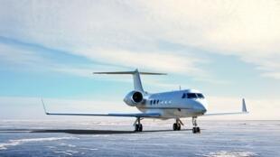 airplane-5645875