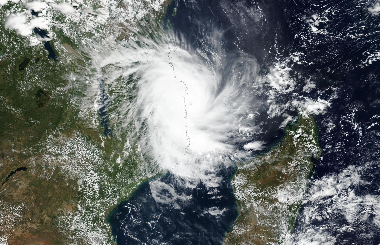 Imagens de satélite mostram ciclone Kenneth aproximar-se de Moçambique