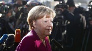La canciller alemana Angela Merkel llega a la sede de la CDU el6 de febrero de 2018 en Berlin.