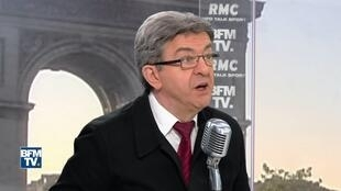O candidato da esquerda radical, Jean-Luc Mélenchon, em entrevista na BFMTV/RMC nesta quinta-feira (20).