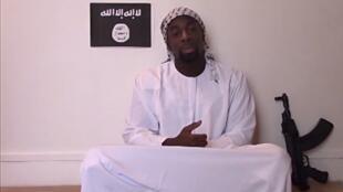 Amédy Coulibaly en un video de propaganda divulgado después de su muerte.