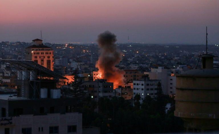 以色列军队击毙一名住在加沙的巴勒斯坦伊斯兰圣战组织司令官及其妻子   2019年11月12日