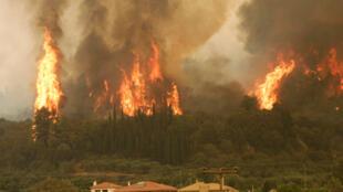 Les incendies du mois d'Août dans le Sud de la Grèce.